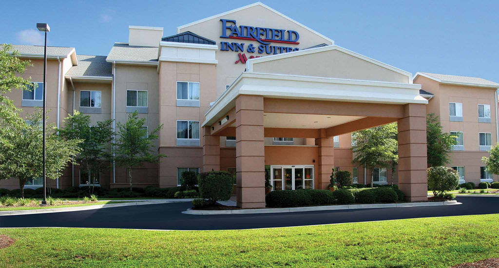 Fairfield Inn and Suites North University Area - North